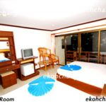 Hotel-Room-for-4-persons0
